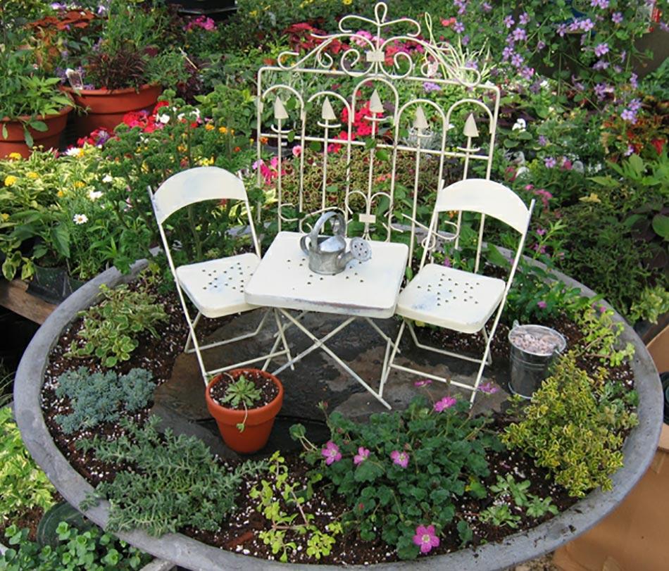 l art du mini jardin coquet. Black Bedroom Furniture Sets. Home Design Ideas