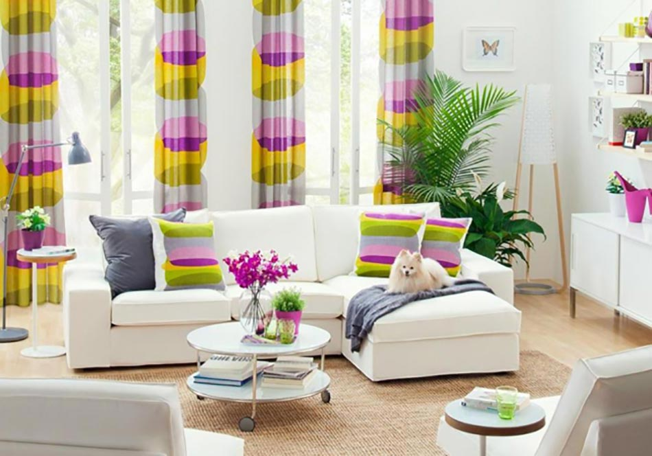 Le rideau d co pour changer d ambiance volont design for Coussins decoratifs pour salon