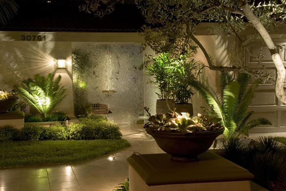 Luminaire jardin pour un outdoor d exception design feria for Decoration jardin interieur
