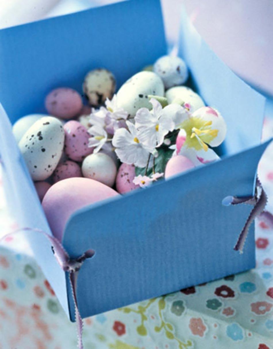 Coffret Aux œufs Peints Pour Pâques