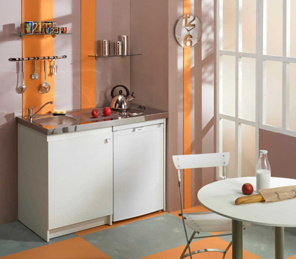 La kitchenette moderne quip e et sur optimis e for Kitchenette layout