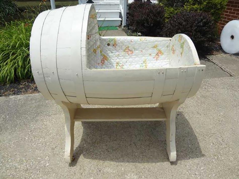 meuble original compos de vraies barriques design feria. Black Bedroom Furniture Sets. Home Design Ideas