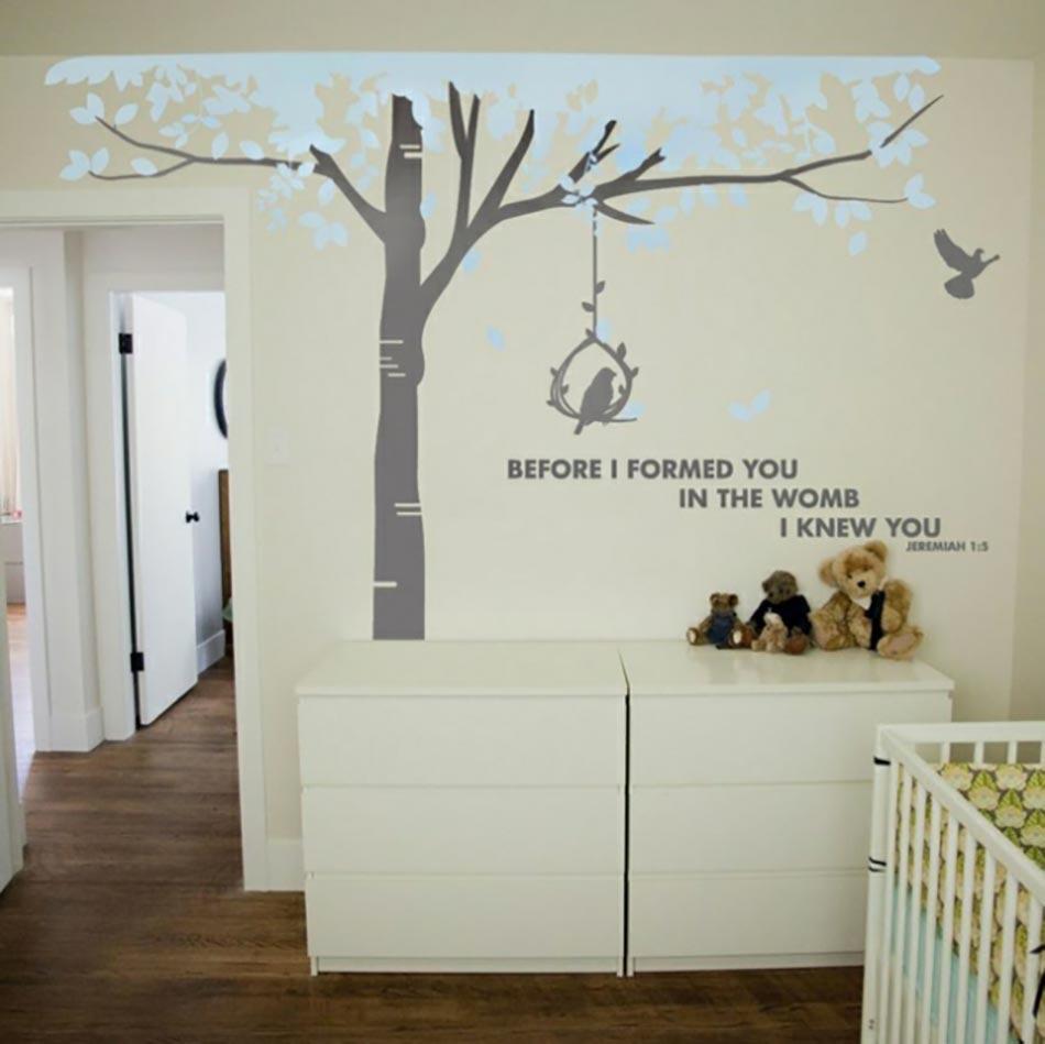 16 stickers muraux pour bien d corer la chambre de b b for Stickers arbre pour chambre bebe