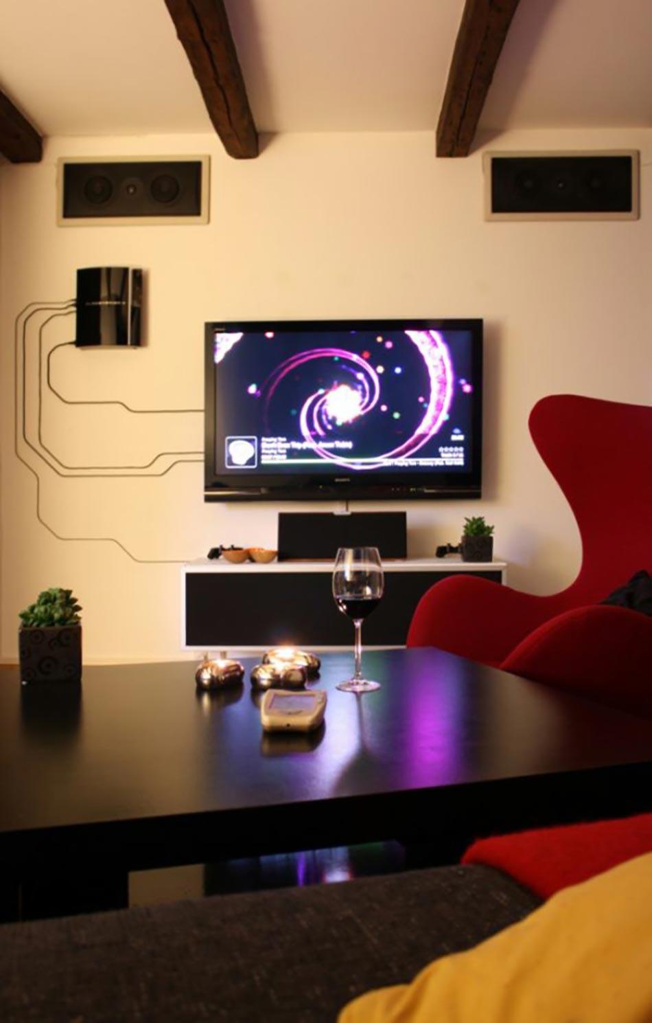 Comment Cacher Fils Tv Murale décoration murale à l'aide de câbles électriques