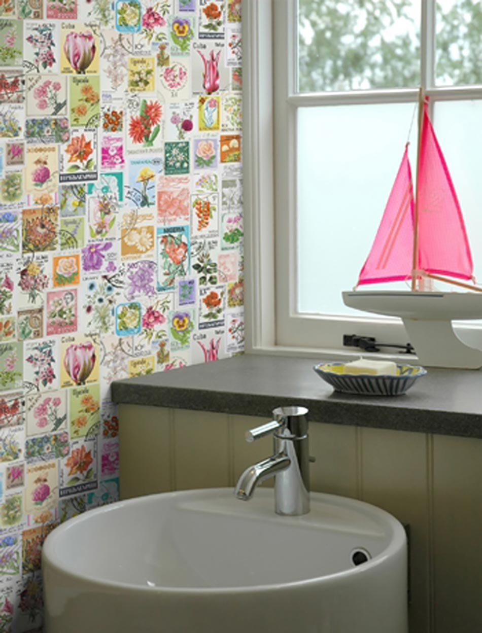 funky bathroom wallpaper ideas papiers peints cr 233 atifs pour une salle de bain design 17807