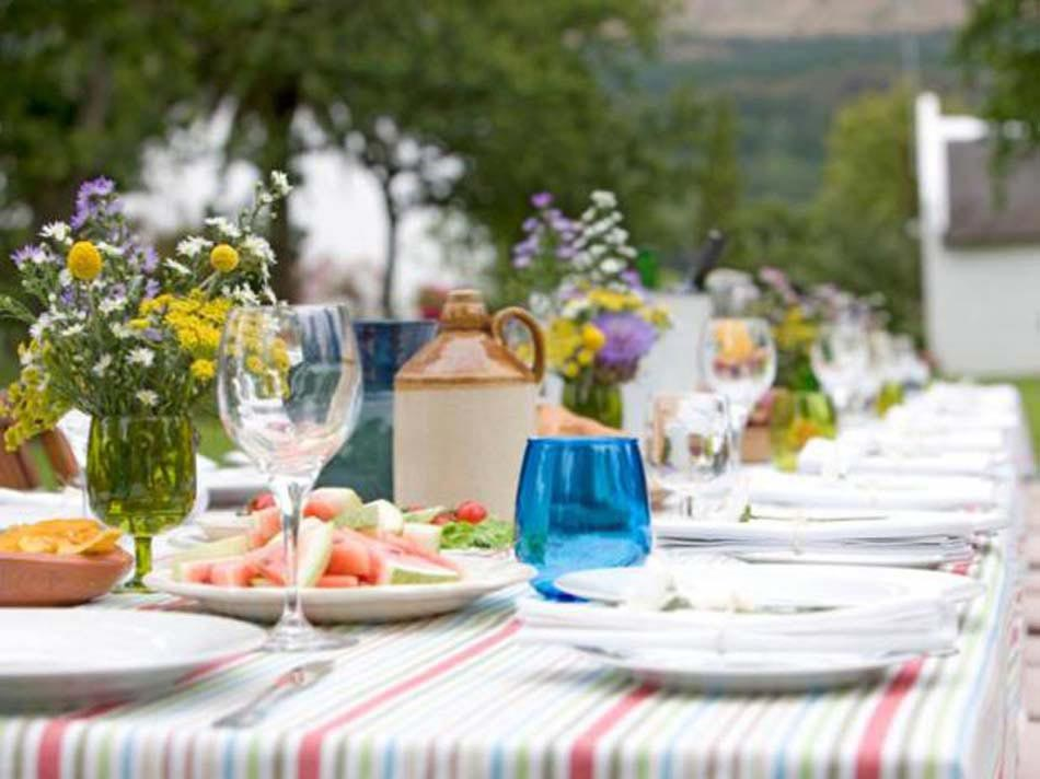 Une d co table attrayante une des conditions for Repas pour recevoir des amis