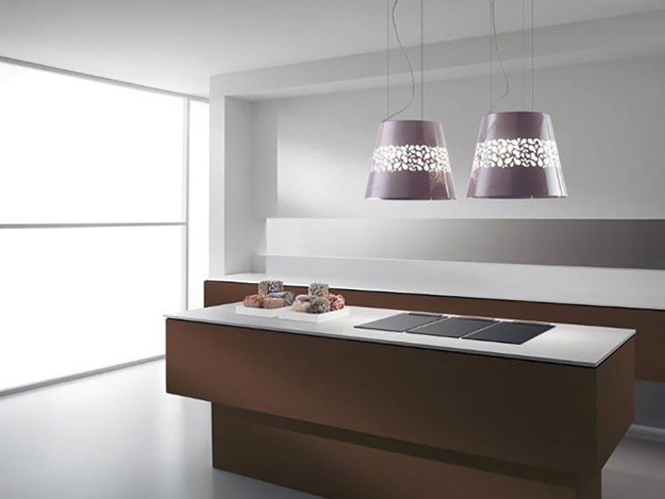 etonnante hotte de cuisine au design unique sign elica design feria. Black Bedroom Furniture Sets. Home Design Ideas
