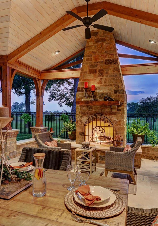 stunning espace outdoor couvert avec chemine pour profiter de la vue terrasse couverte avec. Black Bedroom Furniture Sets. Home Design Ideas