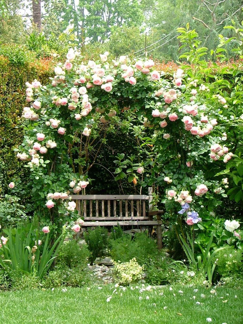 Am nagement terrasse de styles et inspirations diff rents for Jardin pour villa moderne