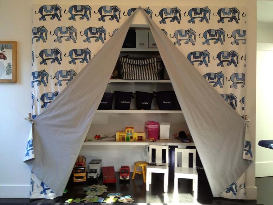 Rangement des jouets au design ludique pour une chambre d - Rangement jouet chambre enfant ...