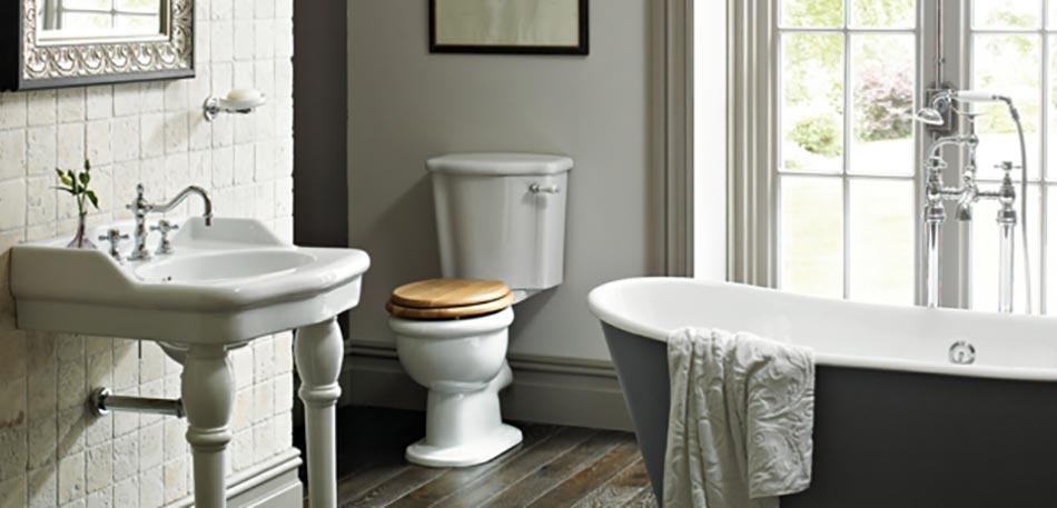 salle de bains retro avec une baignoire lancienne - Salle De Bain Ancienne Retro