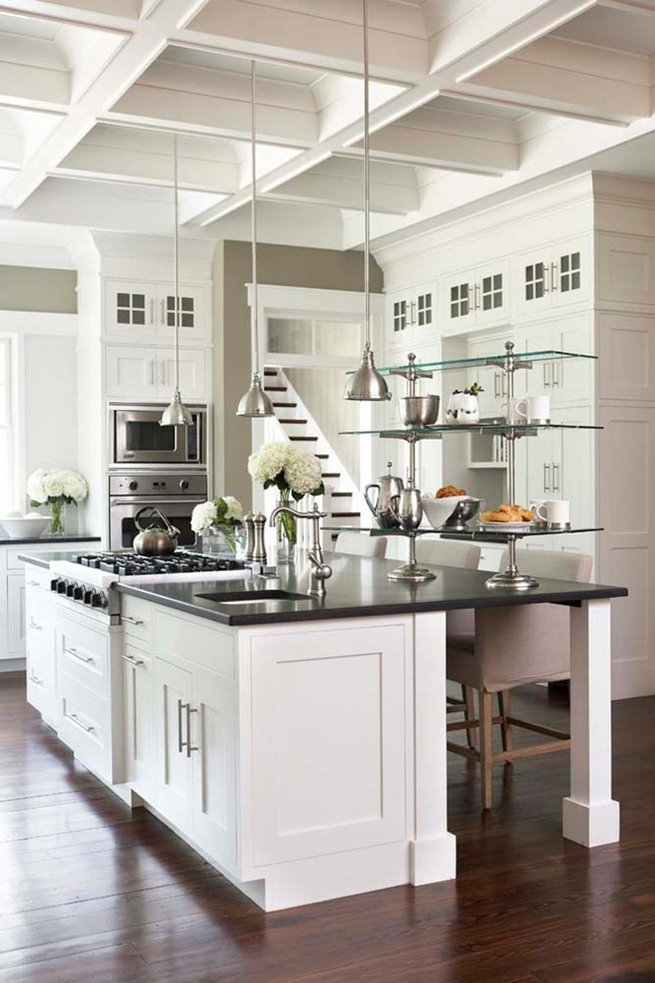 comptoir de granit le visage moderne de nos cuisines design feria. Black Bedroom Furniture Sets. Home Design Ideas