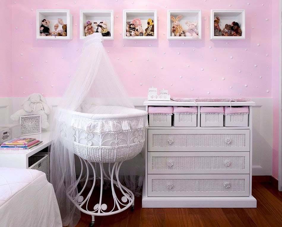 Déco chambre bébé : le voilage et le ciel de lit magiques ...
