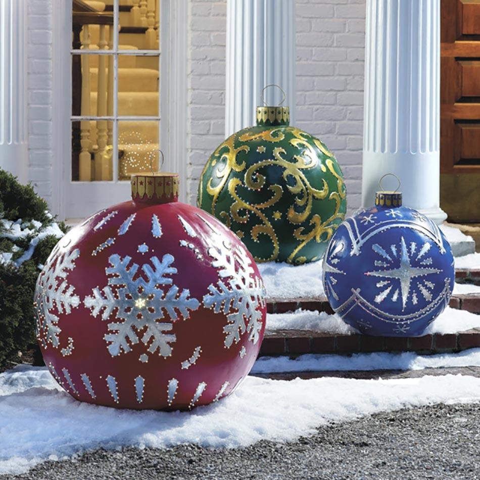 Décoration de Noël originale les boules géantes
