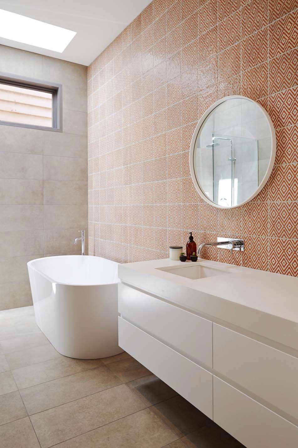 carrelage mural salle de bain design carrelage mural salle de bain design salle de douche. Black Bedroom Furniture Sets. Home Design Ideas