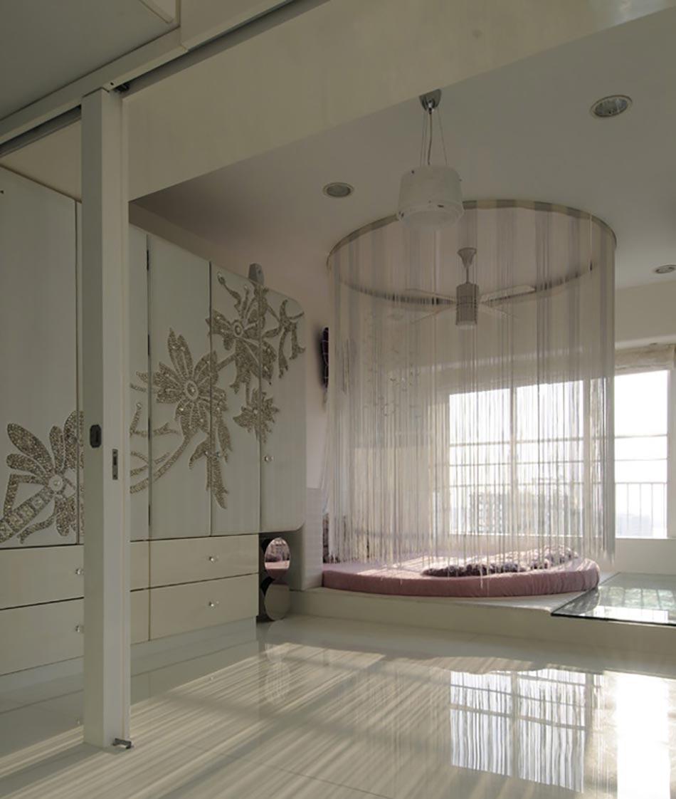 Lit rond au c ur d une chambre au design original - Chambre lit rond ...