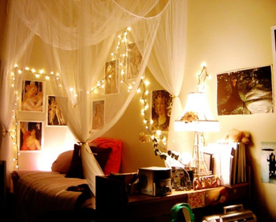 Int ressante d coration de no l pour une chambre sympa - Idee deco guirlande lumineuse ...