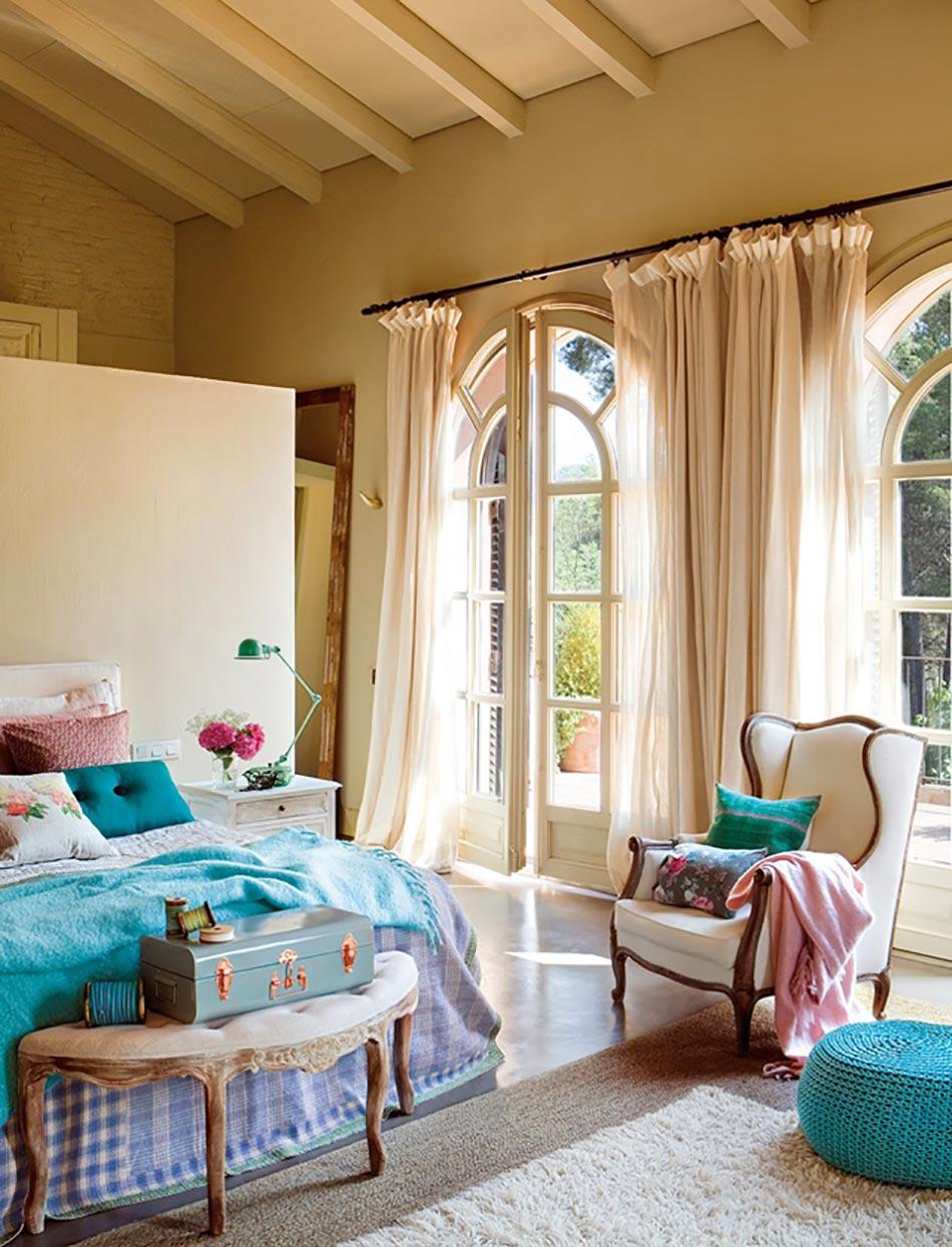 belle chambre coucher aux accessoires en turquoise - Chambre Moderne Femme