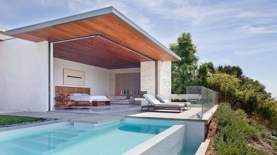 Des suites avec piscine intérieure & extérieure invitant au doux ...