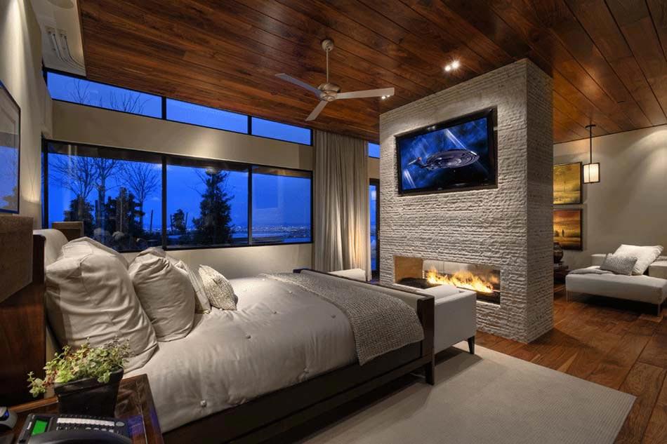 15 exemples d une belle chambre avec chemin e aux for Chambre luxueuse