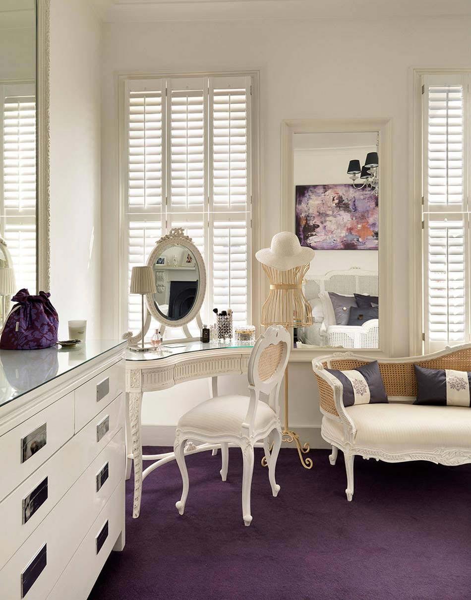 Faire Une Belle Chambre la coiffeuse design – un ami fidèle pour la beauté des