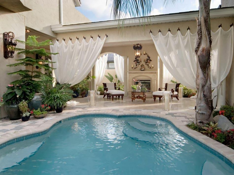 Piscine luxe le c ur des espaces outdoor design feria for Piscine de reve