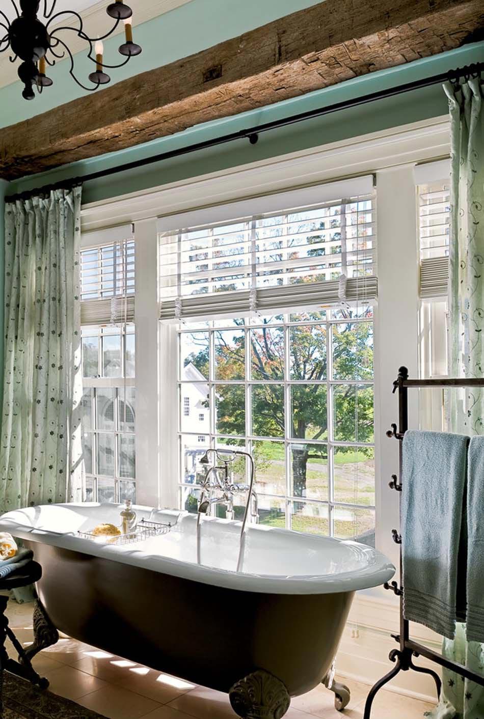 Baignoire de couleur pour relooker et embellir votre salle for Quelle couleur pour salle de bain sombre
