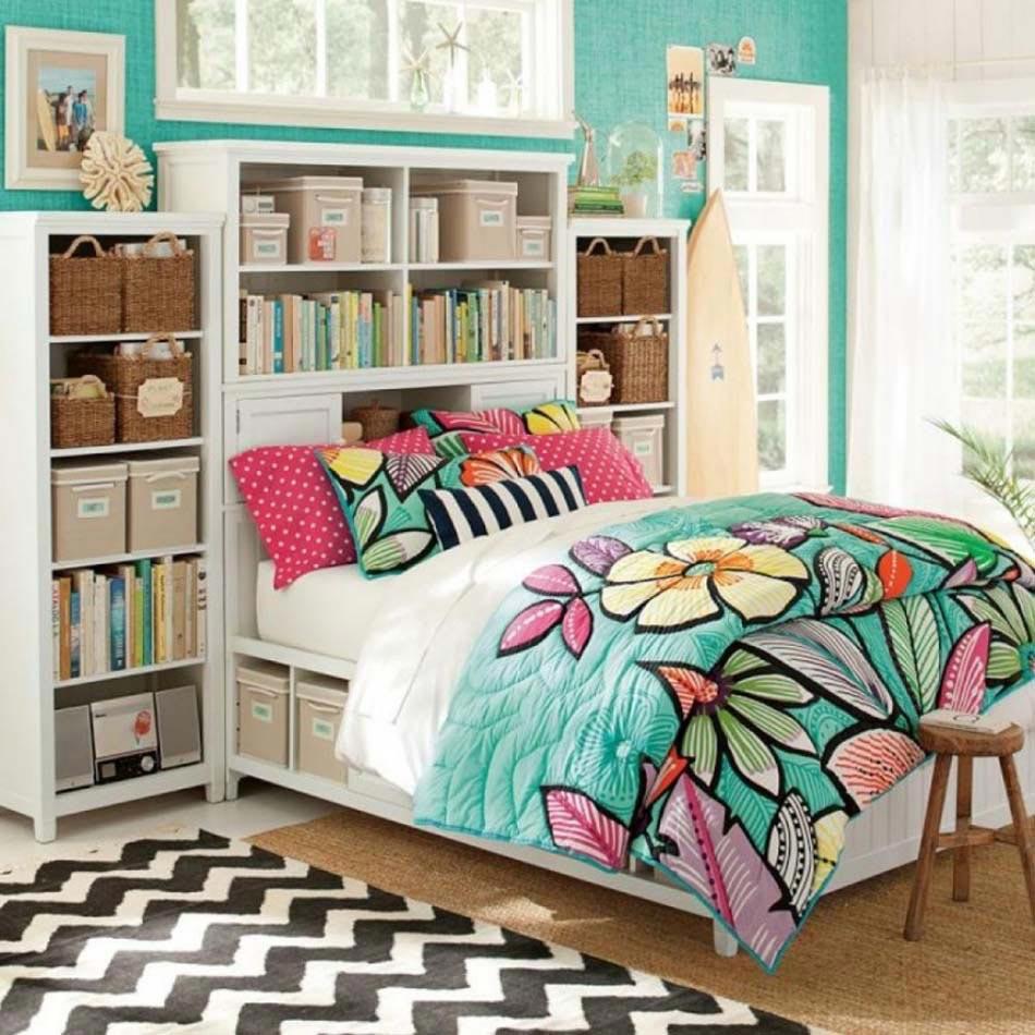 Parure de lit créant une ambiance colorée et printanière dans la ...