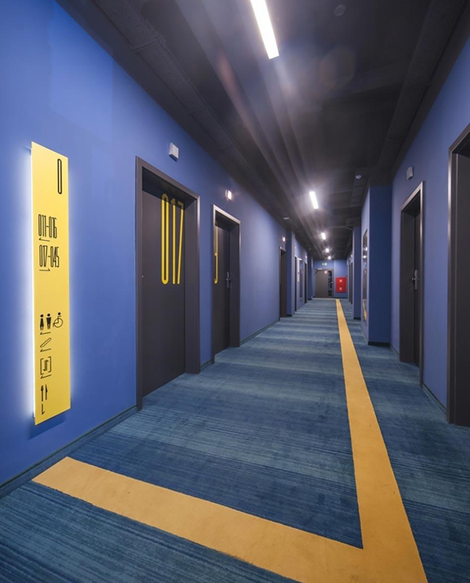 tobaco hotel design lorsque l 39 industriel d bride la cr ativit. Black Bedroom Furniture Sets. Home Design Ideas