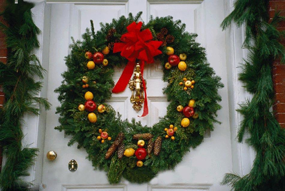 13 Décoration De Noël Pour La Porte D'Entrée | Design Feria