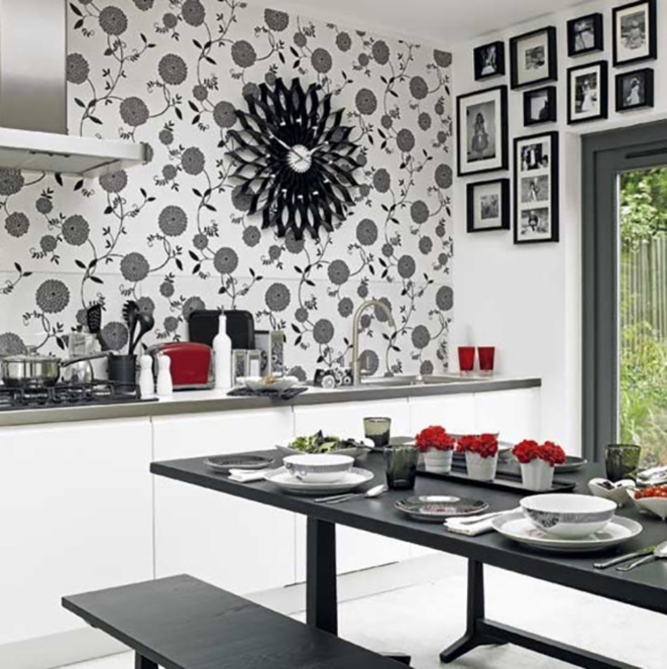 Cuisine à la décoration printanière inspirée par les fleurs