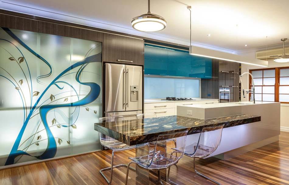 Am nager la maison une cuisine moderne au design sobre et l gant design feria - Appartement duplex winder gibson architecte ...
