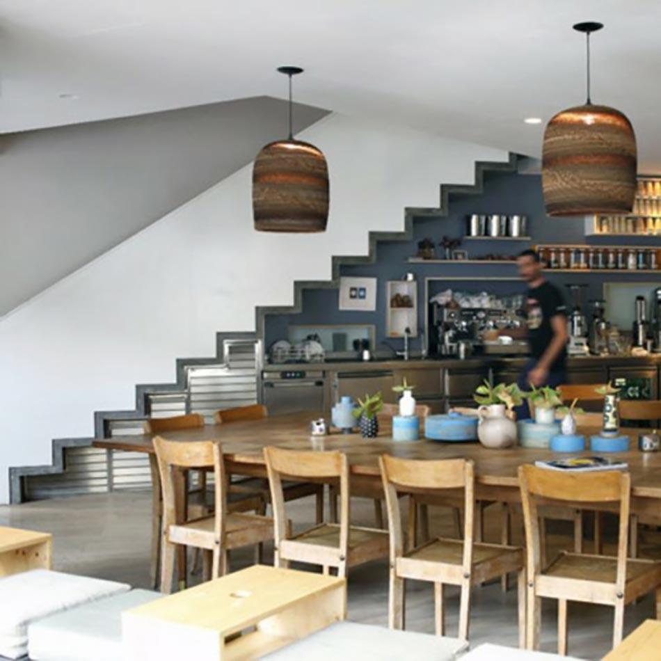 Cuisine design sous l escalier voir design feria for Cuisine design en l