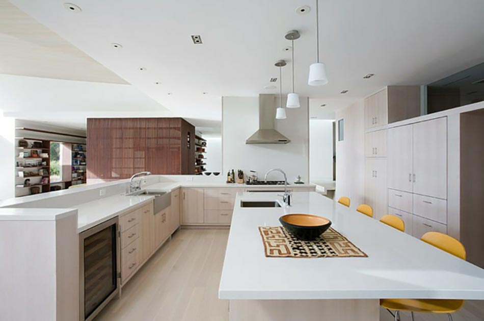 Ambiance cosy par le luminaire led dans une cuisine - Cuisine amenagee contemporaine ...