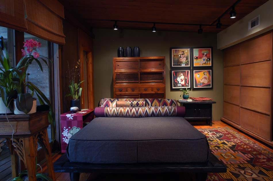 Chambre Déco éclectique Où Les Meubles Vintages Côtoient Des Influences  Ethno Et Inspiration « Zen »