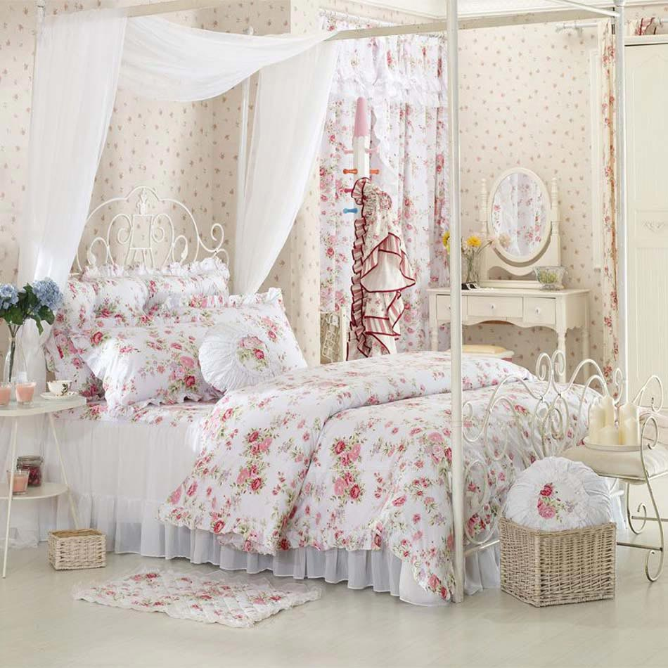 parure de lit cr ant une ambiance color e et printani re. Black Bedroom Furniture Sets. Home Design Ideas