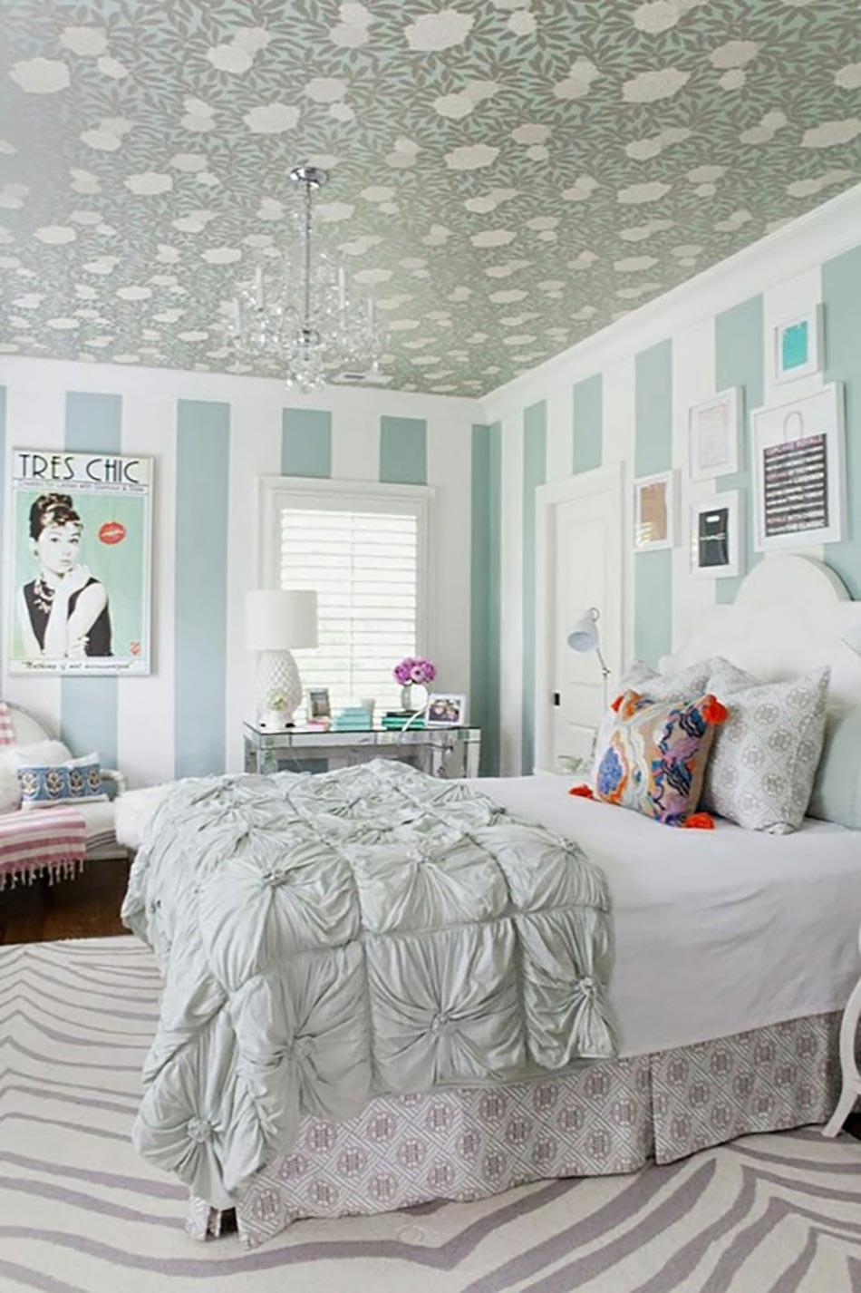 touches f minines pour une chambre design moderne design. Black Bedroom Furniture Sets. Home Design Ideas