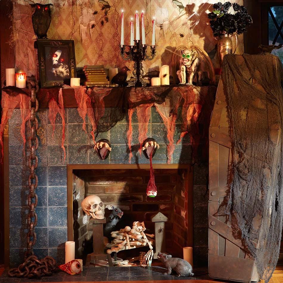 Exemple de déco Halloween pour la cheminée dans un style dépouvante