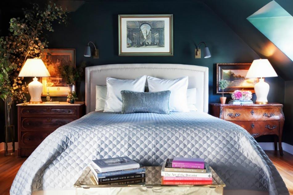 Peindre les murs int rieurs dans des couleurs sombres design feria - Humidite mur interieur chambre ...