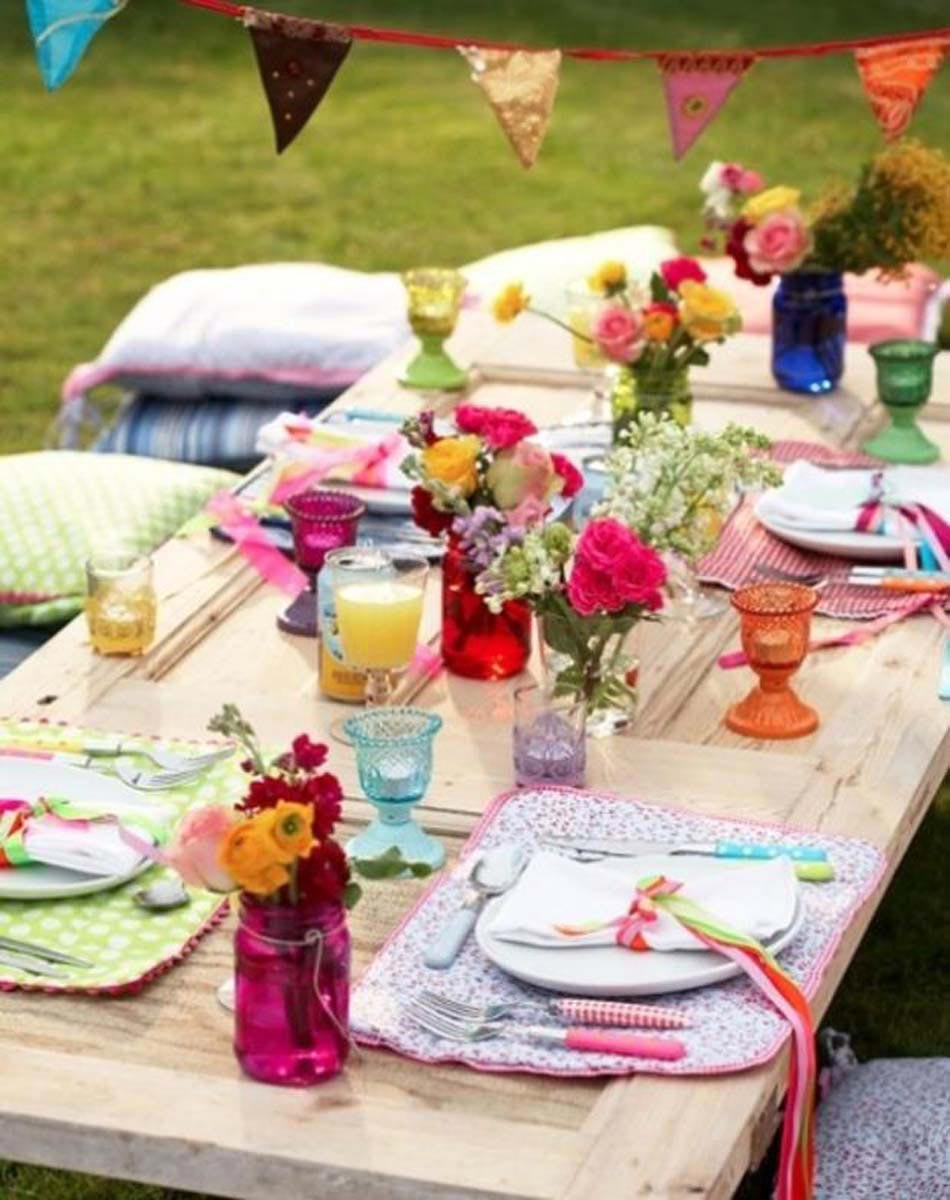 décoration table repas au jardin