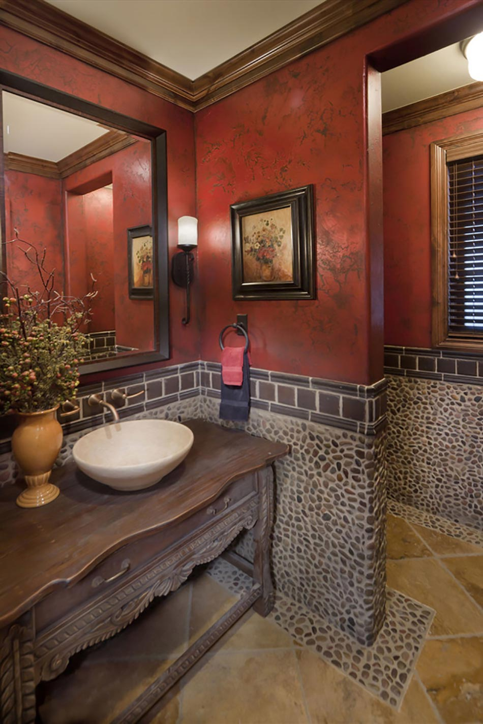 Salle de bain rustique gr ce au mur en pierre cr atif for Deco salle de bain rustique