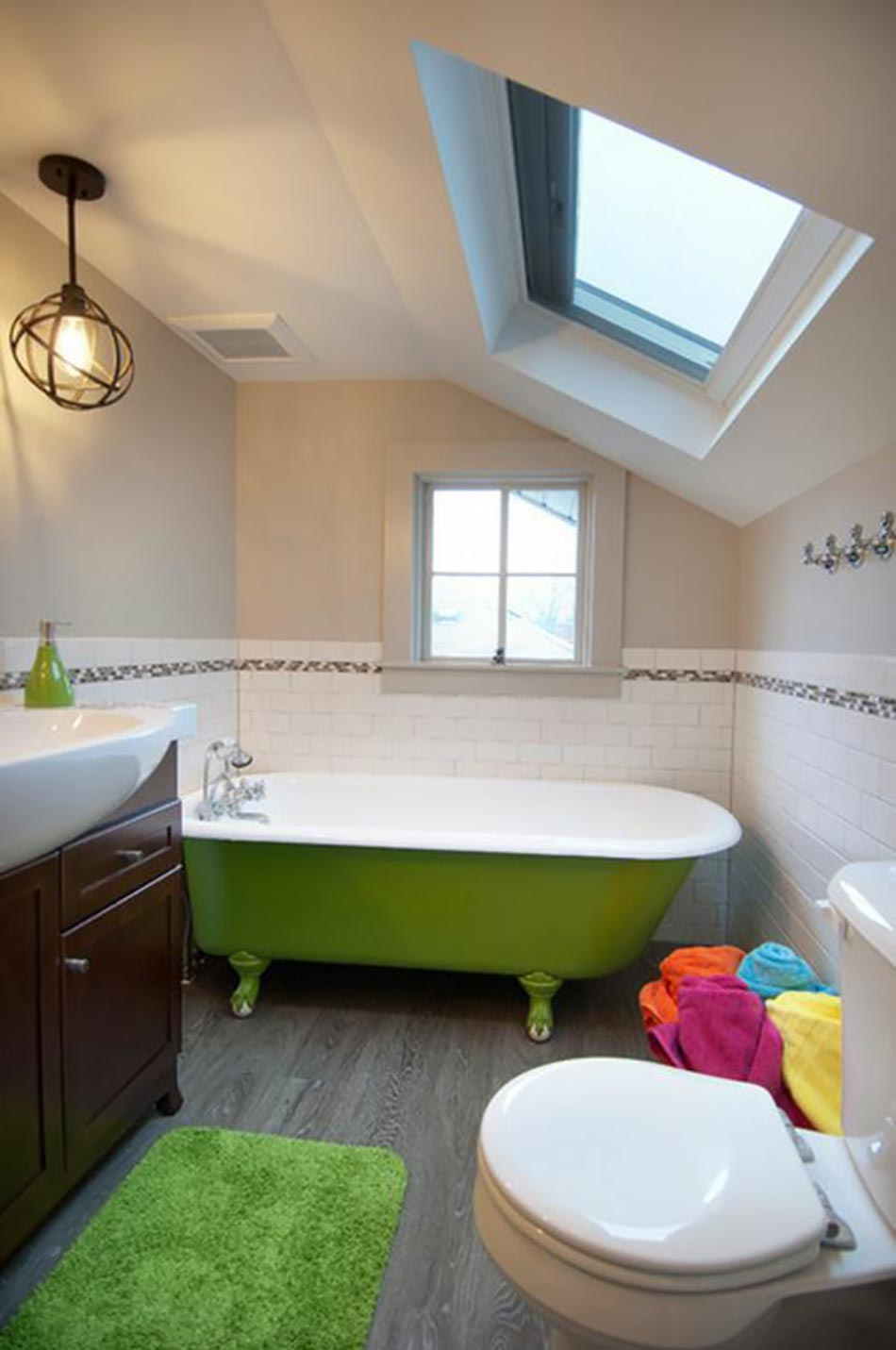 Salle de bain verte et beige photo salle de bain vert et for Salle de bain verte et beige