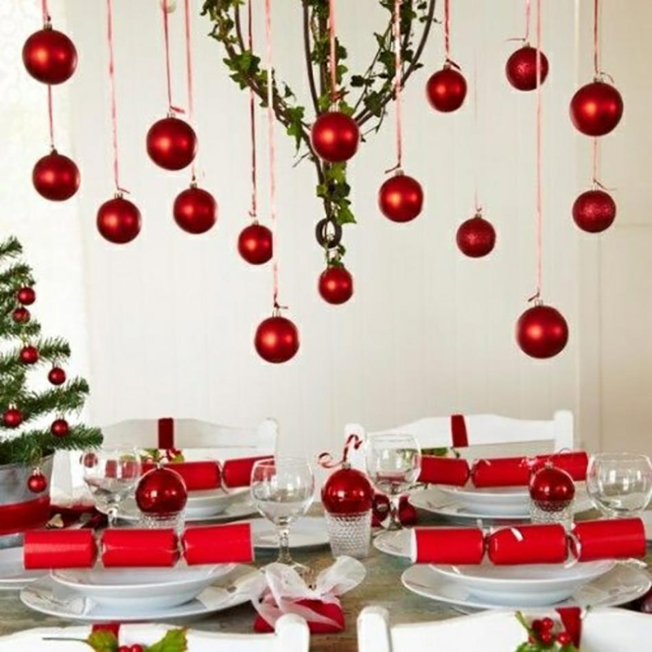 Dresser une belle table de Noël en rouge | Design Feria