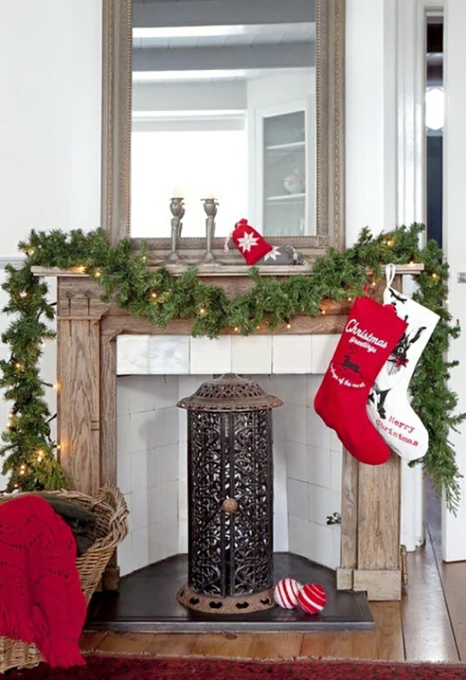 Décoration de Noël pour un intérieur en rouge | Design Feria