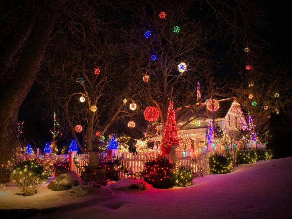 Une déco LED outdoor afin de mieux célébrer l\'esprit des fêtes de ...