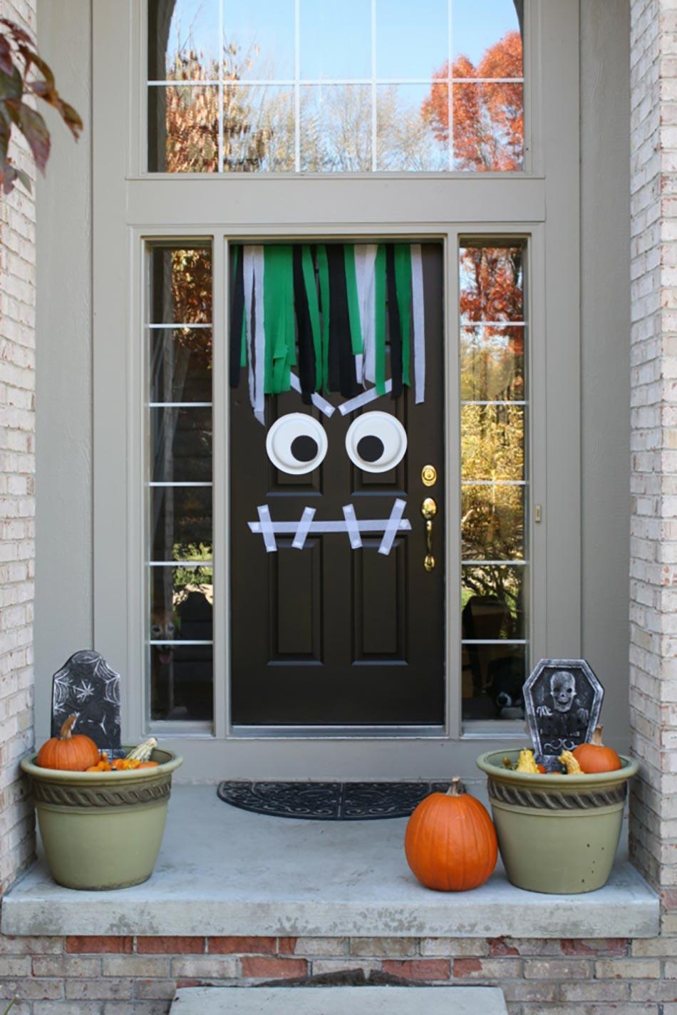 D coration halloween entree for Decoration porte