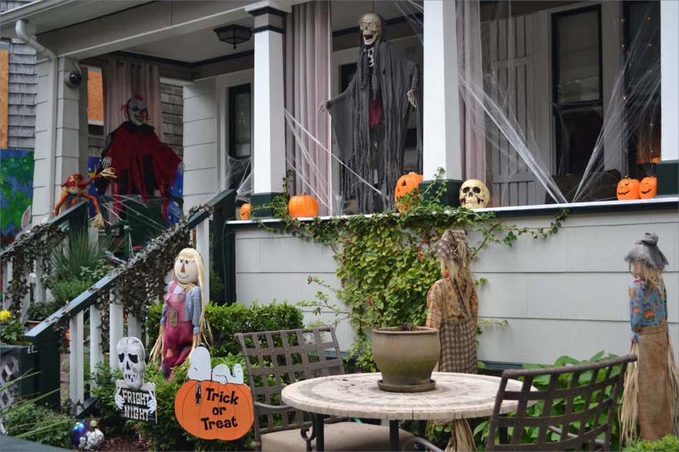 D coration maison ext rieur halloween for Decoration maison exterieur