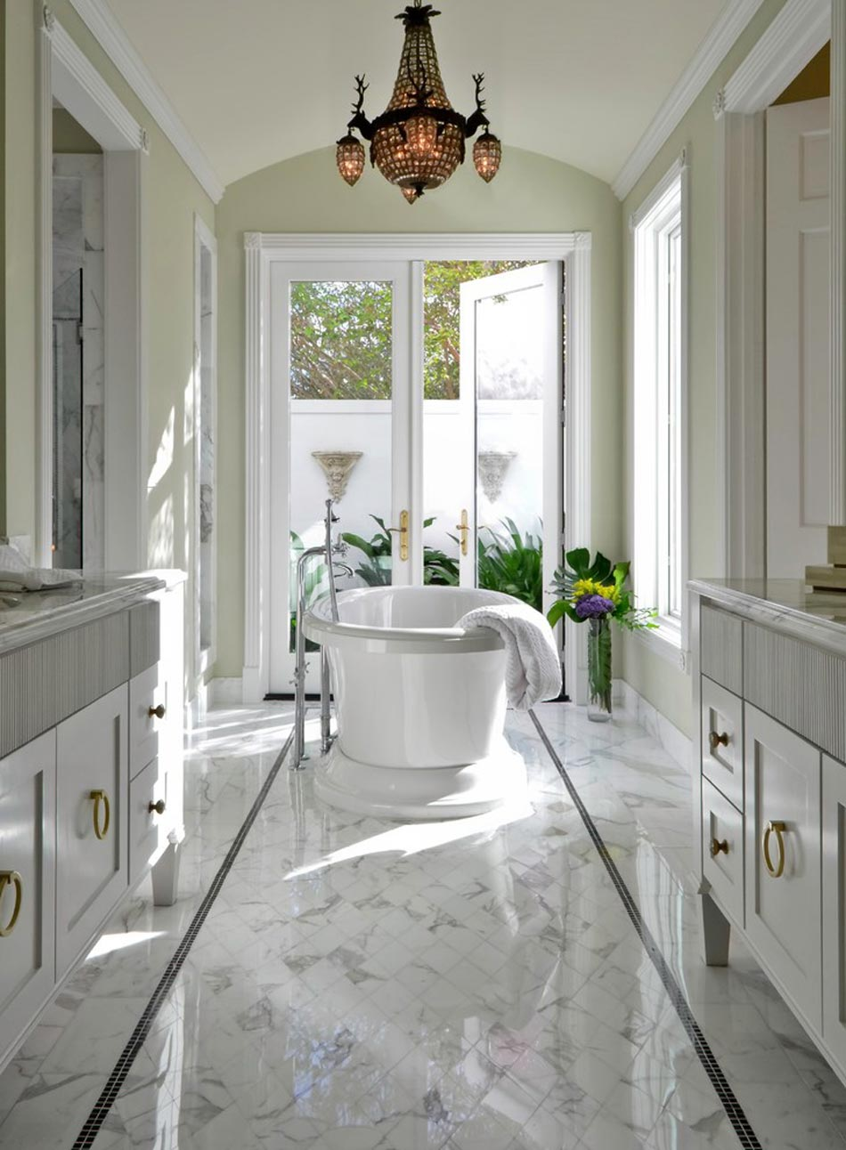 Salle de bain marbre blanc pour afficher une classe for Floor tiles border design