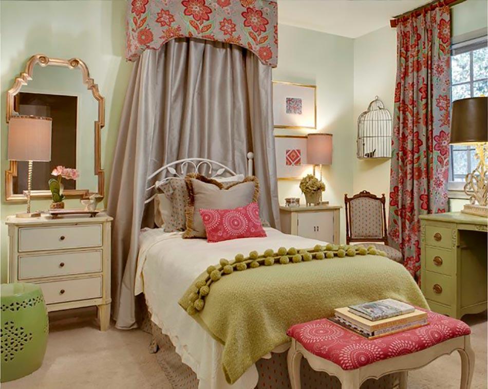 Le r le des tissus dans une d coration chambre r ussie for Decoration d une chambre a coucher