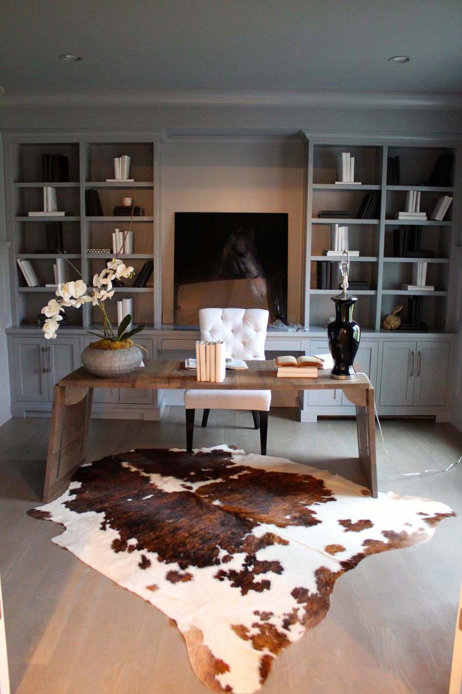 Картинки по запросу cowhide rug dining room